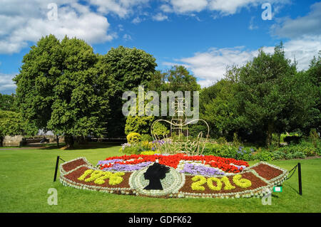UK,Somerset,Bath,Parade Gardens, The Queens 90th Birthday Flower Bed - Stock Photo