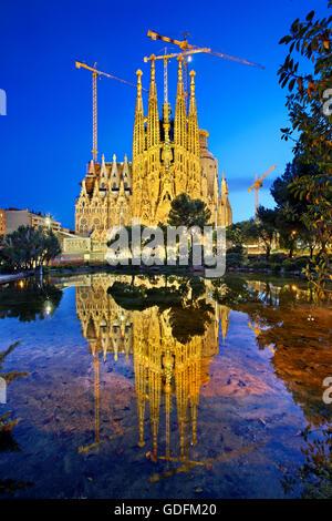 The Sagrada Familia, the masterpiece of architect Antoni Gaudi and 'trademark' of Barcelona, Catalonia, Spain. - Stock Photo