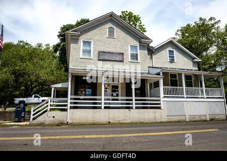 Delaplane Post Office, formerly Turner Seaton's Store, Rokeby Road, Delaplane, Virginia - Stock Photo