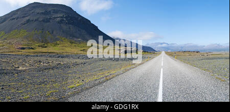Iceland: landscape from the Route 1, or the Ring Road, a 1332 kilometers national road that runs around Iceland - Stock Photo