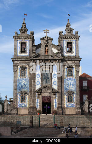 Church of Saint Ildefonso (Igreja de Santo Ildefonso) in Porto, Oporto, Portugal, Baroque style 18th century architecture. - Stock Photo