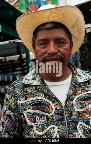 solola guys The cemetery in sololá guatemala peter february 2, 2016 cemeteries,  one of the local men who was in the cemetery actually led me around for a few minutes, .