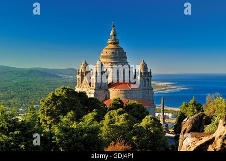 Portugal, Minho: Spectacular view to the estuary of river Lima from sanctuary Santa Luzia in Viana do Castelo - Stock Photo