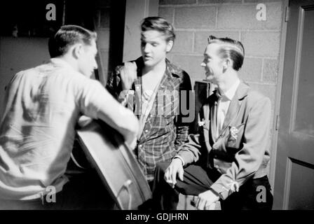Elvis Presley and his cousin Gene Smith, with Scotty Moore - Stock Photo