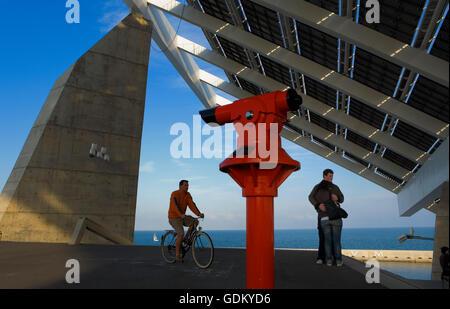 Photovoltaic pergola (3700 m2), by Torres & Martínez Lapeña, Forum Area,Barcelona, Spain - Stock Photo