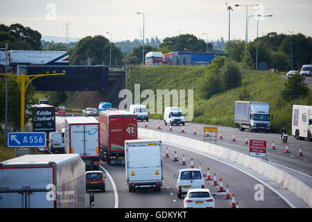 A556 Knutsford  junction 19 M6    Motorway dual carriageway relief road under construction mud dirt unfinished Tabley - Stock Photo