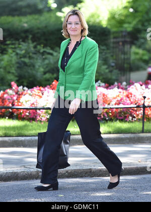 London, UK. 19th July, 2016. Newly appointed Home Secretary, Amber Rudd arrives for PM Theresa May's first cabinet - Stock Photo