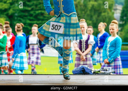Argyll, UK. 19th July, 2016. On a hot summers day, more than 5000 spectators turned out to watch the Inveraray Highland - Stock Photo
