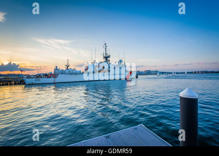 the inner workings of the united states coast guard United states coast guard operations home cg home page overview news room reserve forcecom mission support atlantic  merchant vessels of the united states.