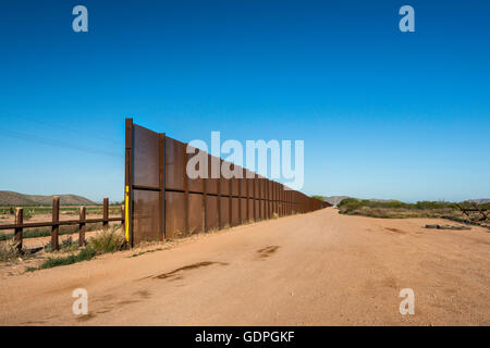 Fence at Mexican border, Sonoran Desert, Organ Pipe Cactus National Monument, Arizona, USA - Stock Photo