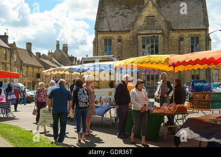 Stow-on-the-Wold a Cotswold town in Gloucestershire England UK the Market - Stock Photo