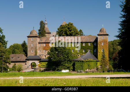 geography / travel, Germany, North Rhine-Westphalia, Attendorn, Schnellenberg Castle, Additional-Rights-Clearance - Stock Photo