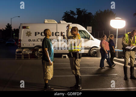 Las Vegas, Nevada - Police set up a sobriety checkpoint on Vegas Valley Drive, detaining a number of drivers.