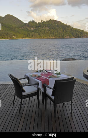 geography / travel, Seychelles, Mahe Island, Hotel Banyan Tree, facilities, swimming pool, - Stock Photo
