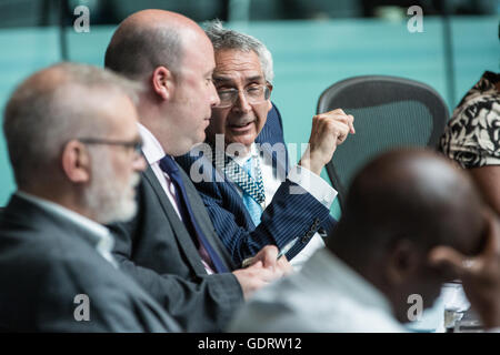 London, UK. 20th July, 2016. London Assembly Chair Tony Arbour (r) at Mayor's Question Time in City Hall. Credit: - Stock Photo