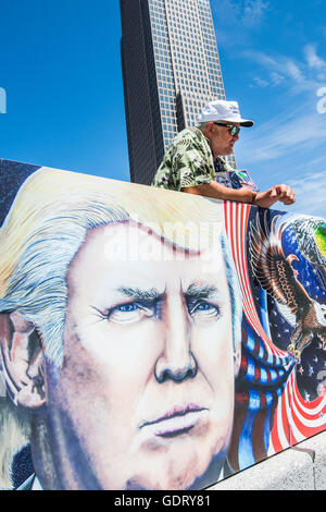 Cleveland, USA. 20th July, 2016. Jul 20, 2016; Cleveland, OH, USA; An activist in downtown Cleveland at the site - Stock Photo