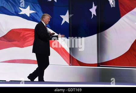Cleveland, USA. 20th July, 2016. Republican presidential nominee Donald Trump takes the stage on the third day of - Stock Photo