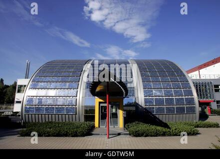 gelsenkirchen germany shell solar gmbh stock photo royalty free image 49161733 alamy. Black Bedroom Furniture Sets. Home Design Ideas