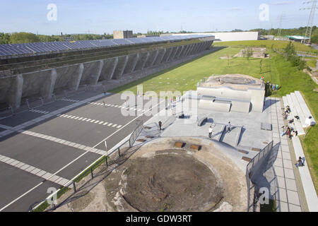 Solar panels and a skate park in the former 'Schalker Verein' - Stock Photo