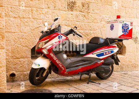 Israel Jerusalem Old City Jewish Quarter paramedic scooter United Hatzalah - Israel Rescue - Stock Photo
