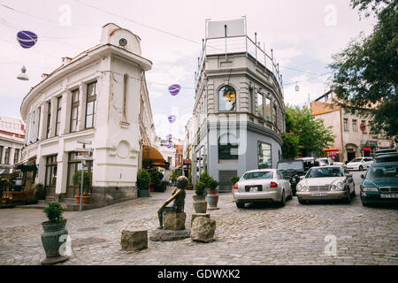 Tbilisi, Georgia - May 19, 2016: Famous Shardeni And Rkinis Rigi Street In Tbilisi, Georgia - Stock Photo