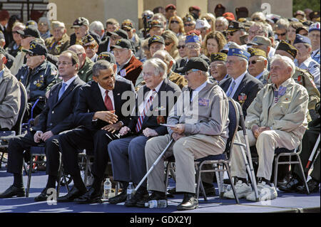 Nicolas Hollande, Barack Obama and veterans in France, 2014 - Stock Photo