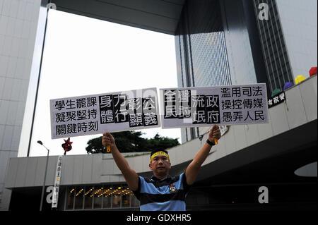Pro-democracy protests in Hong Kong - Stock Photo