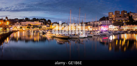 GB - DEVON: Torquay Harbour and Town by night - Stock Photo