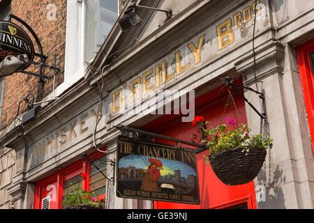Ireland, Dublin, Inns Quay, O'Reilly Brothers, the Chancery Inn, city centre public house - Stock Photo