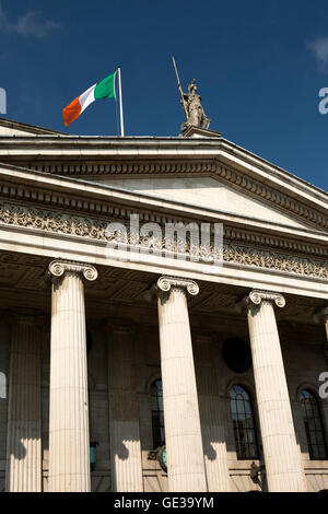 Ireland, Dublin, O'Connell Street, GPO building, centre of the 1916 Easter Rising - Stock Photo