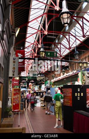 Ireland, Dublin, 1881 George's Street Arcade, indoor shopping centre - Stock Photo