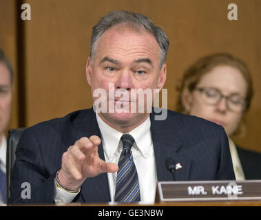 Washington, District of Columbia, USA. 16th Sep, 2014. United States Senator Tim Kaine (Democrat of Virginia) questions - Stock Photo