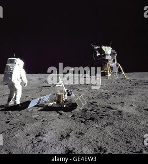 july 20 1969 astronauts - photo #9