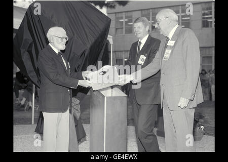 Description: (December 20, 1989)  On 20 December 1989, Ames buried a time capsule and unveiled a sculpture at the - Stock Photo
