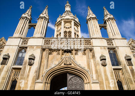 CAMBRIDGE, UK - JULY 18TH 2016: A view of the magnificent Gate House of Kings College in Cambridge, on 18th July - Stock Photo