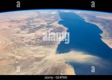 Description This astronaut photograph provides a panoramic view of most of the length of the Red Sea. The northernmost - Stock Photo