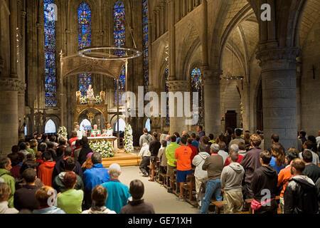 Mass of pilgrim in  Real Colegiata de Santa Maria. Gothic church (XIIIth century). Roncesvalles-Orreaga. Navarra.Spain. - Stock Photo