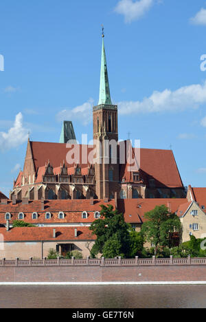 View over the Oder river to the Cathedral Island with the Holy Virgin Mary's Church of Wroclaw - Poland. - Stock Photo