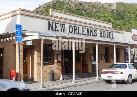 The New Orleans Hotel, Buckingham Street, Arrowtown, New Zealand - Stock Photo