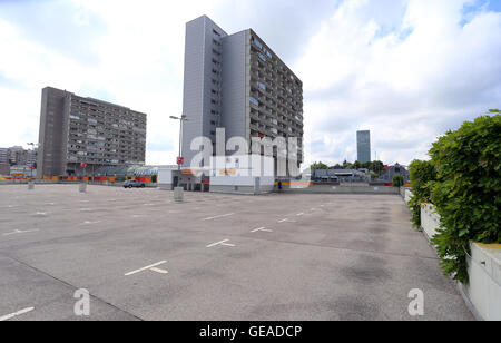 Munich, Germany. 24th July, 2016. A totally empty parking lot at the Olympia shopping centre (OEZ) two day after - Stock Photo