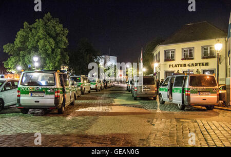 Ansbach, Germany 25th July, 2016 Ansbach, Germany. 25th July, 2016. Members of the German police seen in the area - Stock Photo