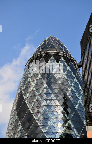 30 St Mary Axe, aka The Gherkin or The Swiss Re building, City of London, UK July 2016 - Stock Photo