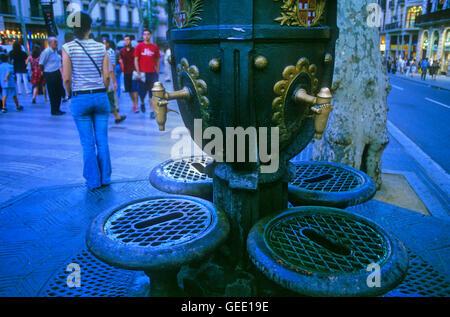 Barcelona:Las Ramblas. Fountain Canaletes. - Stock Photo
