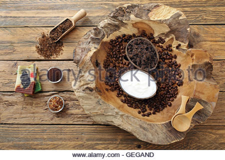 Coffee scrub wit sea salt, olive oil and cinnamon. Beauty body care - Stock Photo