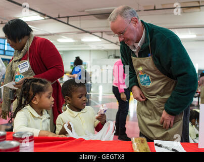 Deputy Administrator Volunteers at MLK Day of Service  01190006 - Stock Photo