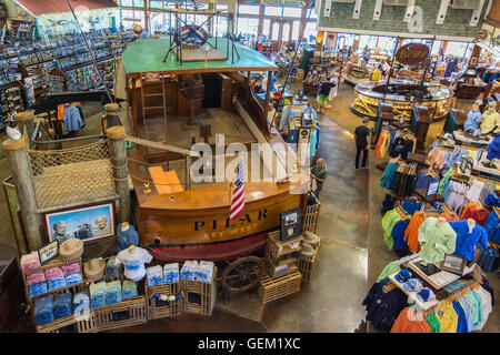 Florida Keys, Islamorada, World Wide Sportsman store, PILAR sister ship to Ernest Hemingway's fishing boat of the - Stock Photo