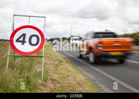 40mph speed restrictions. Chapter 8 Traffic Management systems in place on major long-term road works and temporary - Stock Photo