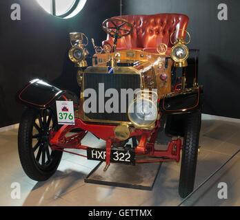 1904 Darracq 12 H.P. 'Genevieve' at Louwman Museum, The Hague, Netherlands - Stock Photo