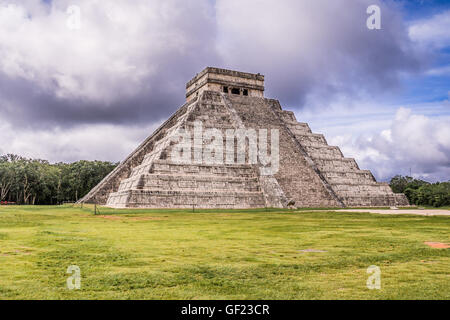 Maya pyramid Chichen Itza, Yucatan, Mexico - Stock Photo