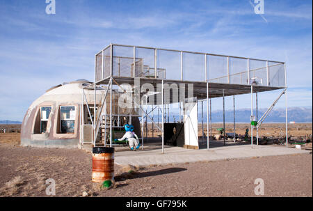 UFO watch tower in Hooper Colorado - Stock Photo